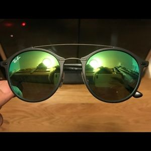 RAY-BAN RB4266 Matte Black/Green Mirror Sunglasses
